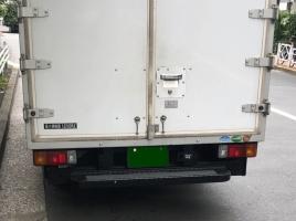 緑ナンバーのトラックと白ナンバーのトラックの違い